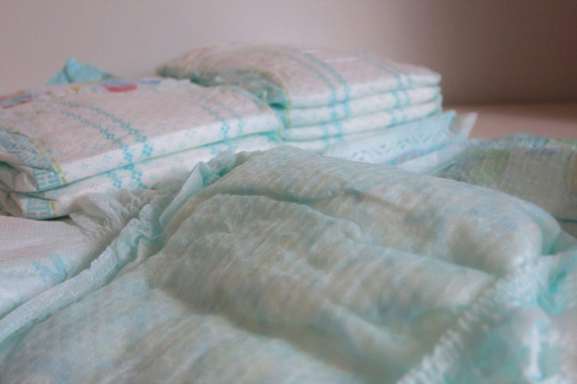 wo ist das pipi hin wir testen die neue pampers baby dry. Black Bedroom Furniture Sets. Home Design Ideas